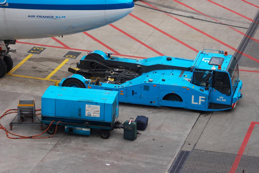 Get Quality Aircraft Tow Tractors by Manufacturer AERO Specialties, Inc.